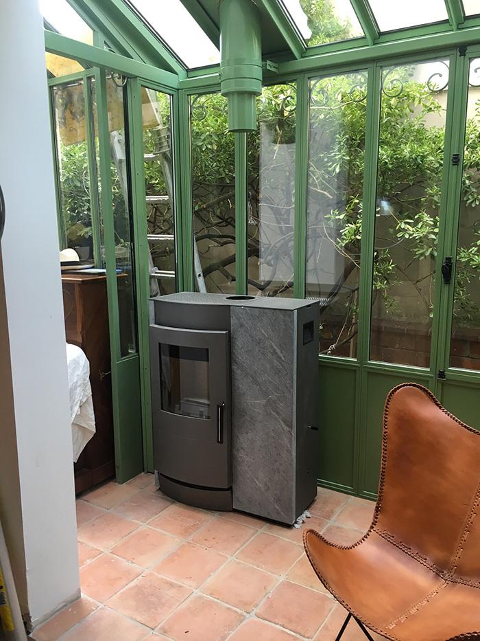 installation de po le bois argenteuil 95 92 78. Black Bedroom Furniture Sets. Home Design Ideas